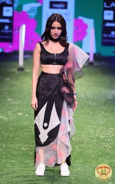 Bollywood Actress Shraddha Kapoor walks the ramp for Masaba Gupta at Lakmé Fashion Week Summer / Resort 2016  fashion.sholoanabangaliana.in/bollywood-actress-shraddha-kapoor-walks-the-ramp-for-masaba-gupta-at-lakme-fashion-week-summer-resort-2016/
