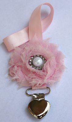L@@K Pink Vintage/Shabby Style Girls Dummy/Pacifier Clip