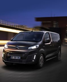 Citroën Spacetourer Business van Lounge, Jumper, Cool Vans, Bmw Love, Citroen Ds, All Cars, Car And Driver, Amazing Cars, Van Life