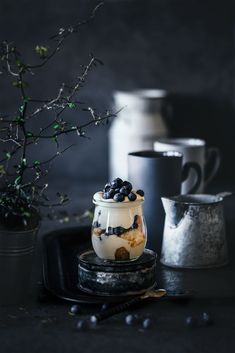 Blueberry tiramisu in a glass - - Photo Café, Dark Food Photography, Small Desserts, Delicious Cookie Recipes, Food 52, Coffee Recipes, Different Recipes, Creative Food, Food Styling