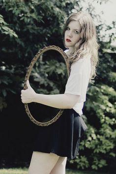 Laura Williams - Invisible