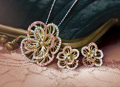 Tanishq Jewellery - Pendant Earring Set