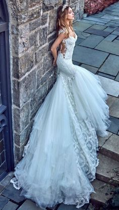 Wedding dress idea; Featured Dress: Galia Lahav, Featured Photographer: Greg Swales