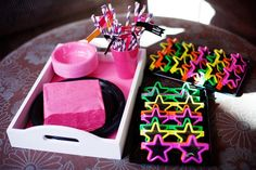 Little Big Company | The Blog: {PARTY FEATURE} Rockstar Party by Cakes by Sharon