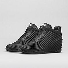 b41ec1c91e5 Nike Lunarwavy Sky Hi Women s Shoe. Nike Store High Top Vans