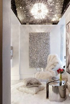 Gorgeous Glitter Sprayed Interiors That Will Steal The Show #GlitterBedroom