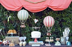 Un anniversaire sur le thème des montgolfières