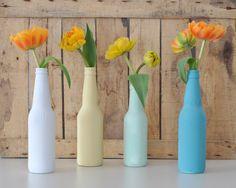 Ebben+a+bejegyzésben+vendégszerzőnk,+Brandt+Diána,+a+Masni+Dekoráció+blog+kreatív+szerzője+mutatja+meg+nekünk,+hogyan+készíthetünk+üvegből+esztétikus+vázát.