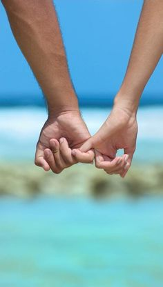 Summer No huyas del riesgo por miedo al fracaso, o jamás lograrás el éxito. Tu futura #pareja puede estar registrada en  www.twinshoes.es