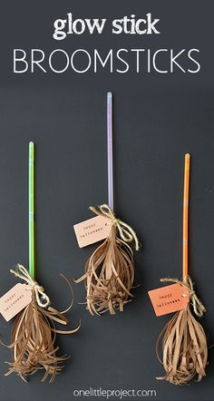 Harry Potter Costume Glow stick broomsticks - cute favor for Halloween or a Harry Potter party! - These glow stick broomsticks make a great favour for a Halloween party or even a Harry Potter party. They are cute, whimsical and have tons of character! Halloween Crafts For Kids, Halloween Activities, Holiday Crafts, Holiday Fun, Halloween Classroom Decorations, Diy Halloween Party, Holidays Halloween, Halloween Treats, Witch Party