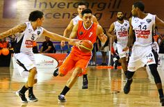 Southland Sharks' Reuben Te Rangi in full flight during the game against the Hawks.  Another great win by the Southland Sharks on Saturday night, May 25th.  Southland Sharks 94 -  73 Hawks.