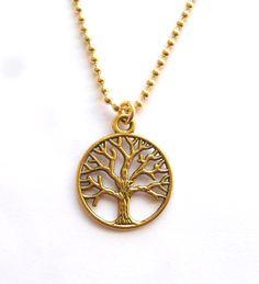 Halsband med livets träd Sweden, Garden Ideas, Arts And Crafts, Gold Necklace, Trees, Pendants, Necklaces, Lady, Metal