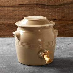 Turn leftover wine into robust, flavorful vinegar in this traditional stoneware pot. Made in France by a company that has crafted pottery since 1847, it has thick sides for excellent temperature regulation and a wooden tap to make bottling your vinegar easy.
