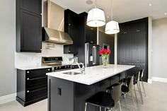 Black kitchen cabinets are an ideal choice for those who love contemporary minimalism - Decoist
