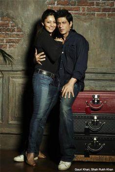 shahrukhkhan-only.de Forum - Gallery Shah Rukh Khan - SRK Pics by Avinash Gowariker - Seite 2 Bollywood Stars, Bollywood Couples, Bollywood Fashion, Bollywood Memes, Indian Celebrities, Bollywood Celebrities, Shah Rukh Khan Quotes, Shahrukh Khan Family, Sr K