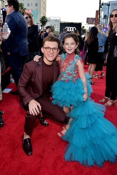 "But the purest moment of them all was when Peter Parker (Tom Holland) and Morgan Stark (Lexi Rabe) adorably reunited on the red carpet. This ""Avengers: Endgame"" Reunion At The ""Spider-Man: Far From Home"" Premiere Legitimately Made Me Cry Captain Marvel, Marvel Fan, Captain America, Tony Stark, Marvel Memes, Marvel Comics, Avengers Memes, Tom Holland Peter Parker, Tommy Boy"