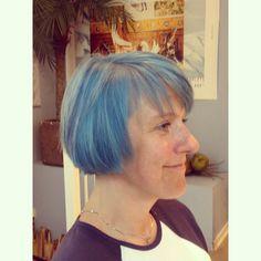 Im a lucky bastard  #kutt_grunerlokka #kutt #blue #booster #matrixnorge #biolage #styling #birkelunden #oslo #løkka #hair #hår #hairdresser #bluehair Hair by @kristineframnes