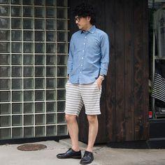 梅雨入りとともに気温だけでなく湿度も高まるこの時期。 通勤・通学等、外出を避けられない日々をファッションから楽しむコーディネートを提案! 見た目だけでは無い、素材やカラーからも体感できる清涼感もポイントです!! 題して [ブルーな梅雨を爽やかに過ごす、Audience夏アイテムで1week!!]  [AUD1657] http://www.aud-inc.com/product/1955 [AUD3316] http://www.aud-inc.com/product/2068   明日もこの時期を爽快に過ごせるアイテムでのコーディネートをご紹介致します。 是非、Audience各SNSをご覧になってみて下さいませ!!  本日も13時Open〜21時Closeにて 皆様のご来店をお待ちいたしております!  *尚、本日撮影モデルスタッフはお休みを頂いておりますので、こちらも宜しくお願い致します。