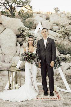 Boho Chic Elopement Inspiration With A Cool Tee Altar Maya Lora Photography Bohemian Wedding