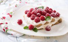 10 desserts sans cuisson  #yaourt #yaourtglacé #soupefraise #soupefruits #sorbet #noixdecoco #charlotte #tiramisu #saladedefruits #liégeois #smoothie #cheesecake Milk Shakes, Sorbet, Nutrition, Brownie, Panna Cotta, Waffles, Strawberry, Pudding, Breakfast