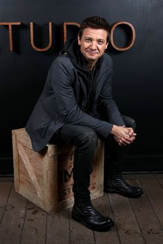 Jeremy Renner attends The IMDb Studio featuring the Filmmaker Discovery Lounge, presented by Amazon Video Direct: Day Three during The 2017 Sundance Film Festival on January 22, 2017 in Park City, Utah.