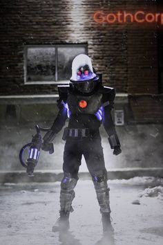 Mr. Freeze Cosplay: Chillin' Like a Villain — GeekTyrant