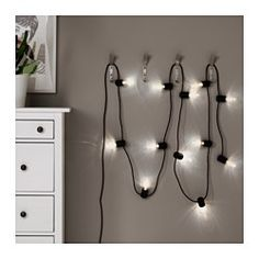 IKEA - SVARTRÅ, LED lyskæde med 12 pærer, , Giver flot og dekorativ belysning.