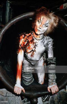 , Schauspieler Sänger D, Rolle in dem Musical 'Cats', - 1996 News Photo   Getty Images