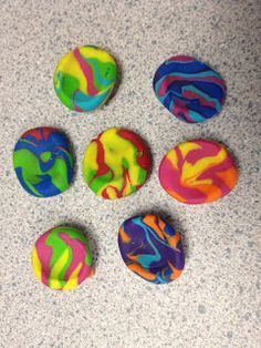 Creative Elementary School Counselor: Worry Stones can be used for anxious students at beginning of year