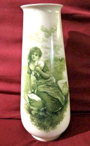 R C Printemps vase