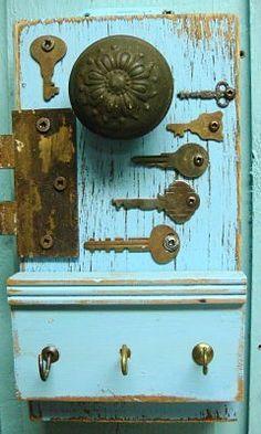 Periwinkle Blue Hook Key Holder Vintage Hardware by CastawaysHall Antique Keys, Vintage Keys, Arte Assemblage, Old Keys, Keys Art, Old Tools, Repurposed Items, Barn Wood, Weathered Wood