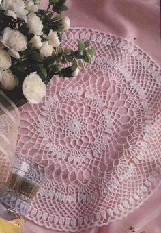 Decorative Crochet Magazines 37 - Gitte Andersen - Picasa Web Albums Filet Crochet, Crochet Doilies, Crochet Lace, Crochet Magazine, Decorating Your Home, Screen Printing, Projects To Try, Knitting, Antiques