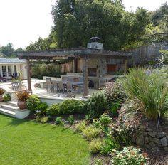 Hillside patio -Arterra LLP Landscape Architects