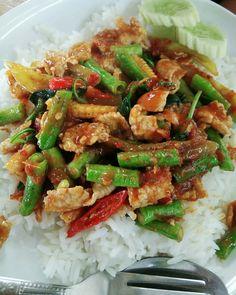 Thai Recipes, Asian Recipes, Thai Food Menu, Food Court Design, Authentic Thai Food, Thai Street Food, Food Art, Good Food, Dessert Recipes