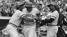 three-run-homer which gave the Pirates a victory over the San Francisco Giants and the National League Pennant 1971 World Series, Pirate Pictures, Pirates Baseball, Roberto Clemente, National League, Pittsburgh Pirates, San Francisco Giants, Baseball Cards