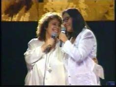 Nana Mouskouri & Dimitra Galani duet Chartino to fengaraki Musical Duets, Nana Mouskouri, Dame, Musicals, Couple Photos, Youtube, Songs, Music, Couple Photography