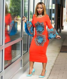 Ankara has lots of unlimited styles that are worth styling and flaunting! African styles are inarguably one of the most beautiful pieces of clothing available. From the intricate designs and… African Print Dresses, African Print Fashion, African Fashion Dresses, African Dress, Fashion Prints, Ankara Fashion, African Prints, Fashion Styles, Men Fashion