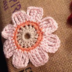 Crochet flower - pattern from Mollie Makes