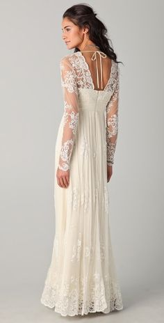 Catherine Deane Lia Lace Gown in Beige (cream) - Lyst