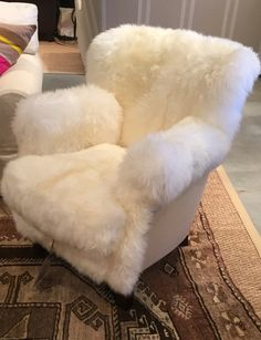 We've spotted another fun and fuzzy chair! This look have proven to be very popular at High Point Market this year. Where would this piece fit best into your home's decor scheme? Cute Furniture, Bedroom Furniture Design, Home Decor Furniture, Luxury Furniture, Room Ideas Bedroom, Bedroom Decor, Fuzzy Chair, Fur Bedding, Cool Chairs