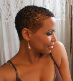 Now I think I have found my next venture. Natural Hair Short Cuts, Short Natural Haircuts, Short Afro Hairstyles, Pretty Hairstyles, Short Hair Cuts, Natural Hair Styles, Bald Hairstyles For Women, American Hairstyles, Tapered Hair