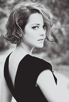 marion cotillard chin-length hair