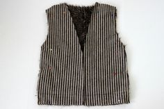 I searched high and low for a faux fur vest diy and had no luck! So I created my own tutorial and now I can't get enough of this fabulous accessory! Vest Pattern, Faux Fur Vests, Sewing Techniques, Diy Fashion, Costumes, Sewing Projects, Creativity, Blog, Holidays