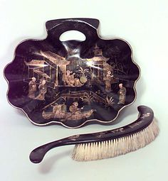 English Victorian accessories tray/serving platter lacquer