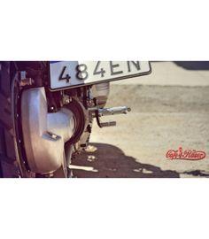 Motogadget mo.blaze tens2 taillight/brake light black Full Face Motorcycle Helmets, Motorcycle Mirrors, Motorcycle Battery, Motorcycle Headlight, Motorcycle Exhaust, Motorcycle Seats, Triumph Bonneville Custom, Helmet Shop, Cafe Racer Parts