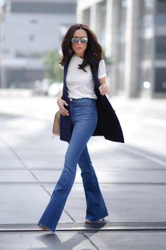 http://static1.squarespace.com/static/5441ce0de4b05620096f5abc/t/56d1f8b822482e09ee81b543/1456604454996/McGuireDenim_FashionBLogger_Zara_SaintLaurent_SanDiego_Streetstyle_LucysWhims.jpg