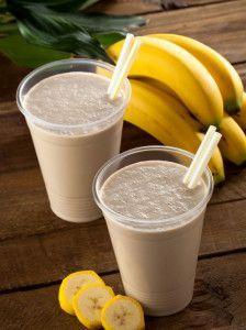 Almond Banana Cinnamon Smoothie for Thyroid & Autoimmune Meal Plan Thyroid Loving Care Healthy Smoothies, Healthy Drinks, Smoothie Recipes, Healthy Snacks, Diet Recipes, Blender Recipes, Yogurt Recipes, Banana Recipes, Healthy Recipes