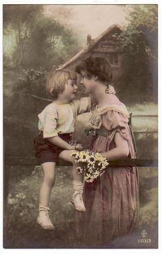 Sweet Old Vintage: Moments between mother & child