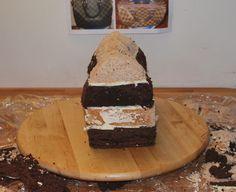 SweetThings: Purse Cake Tutorial