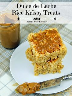 These decadent Dulce de Leche Rice Krispy Treats are the perfect way to satisfy one last sweet craving for the year. I warn you though, it will be hard not to crave them next year too! #SundaySupper